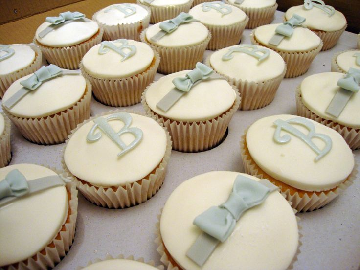 These wedding cupcakes are the best idea ever