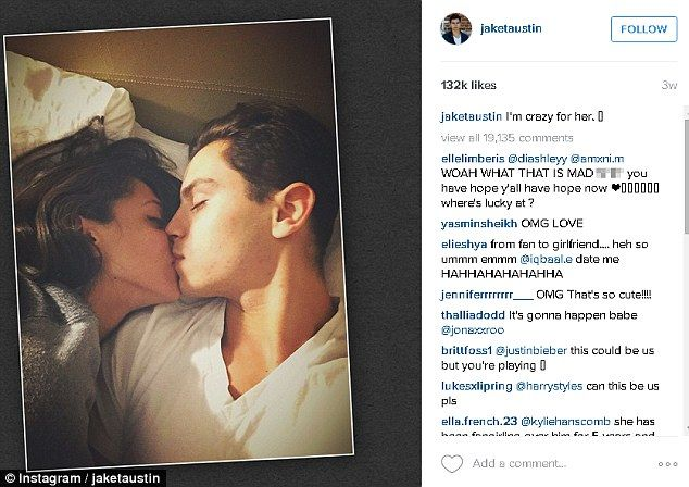 JAKE T AUSTIN ! AND HIS GIRL FRIEND !