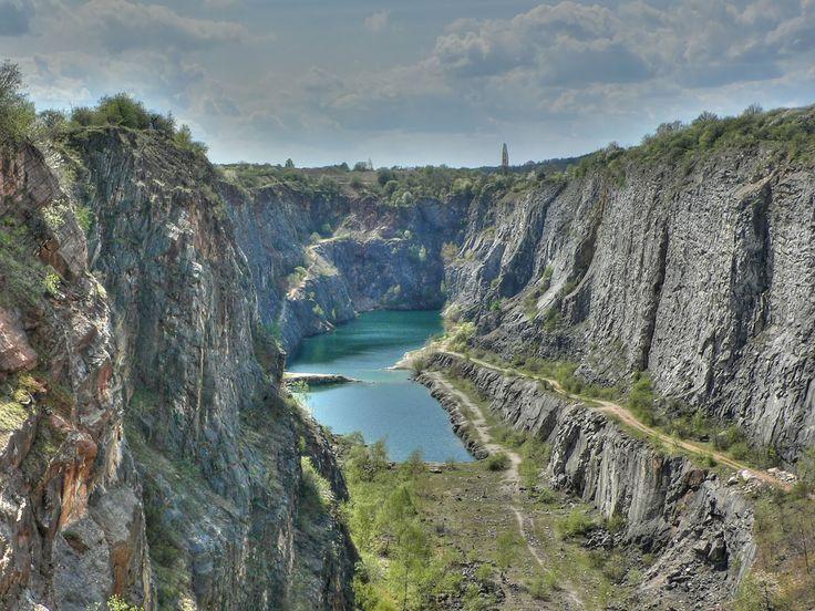Amerika Quarry HDR - Amerika (vápencové lomy) – Wikipedie