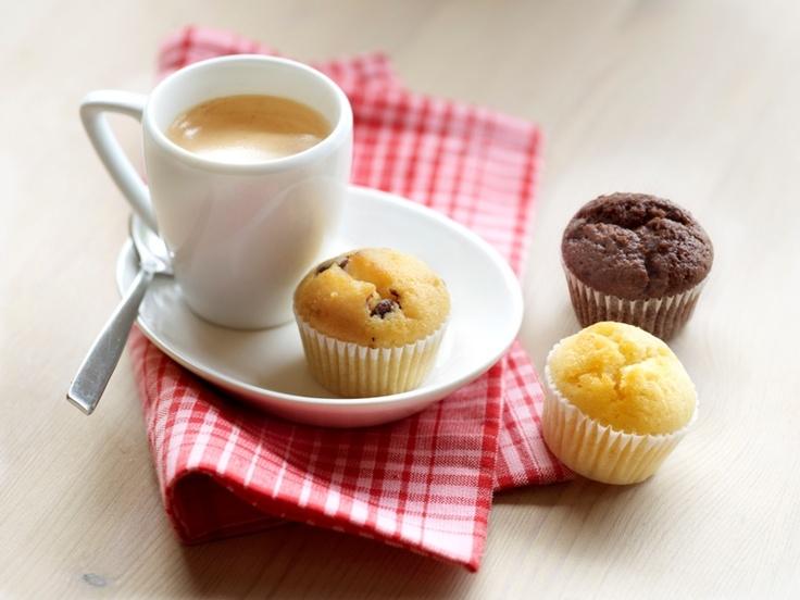 Mini mufinki amerykańskie w 3 smakach: wanilia, wanilia z wiórkami czekolady i podwójna czekolada