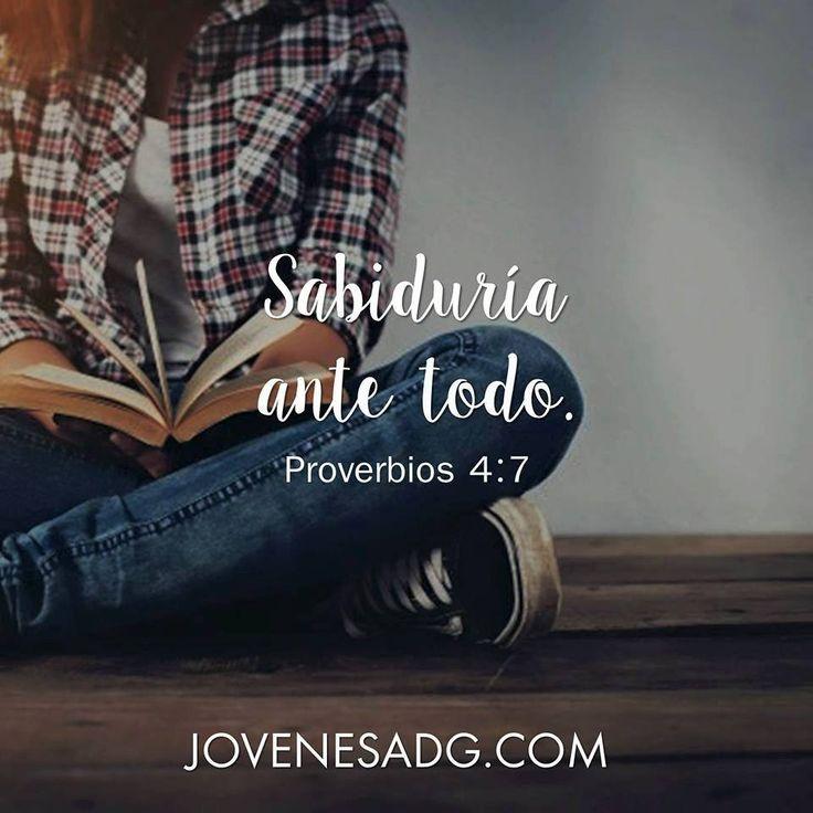 """""""Sabiduría ante todo"""". Proverbios 4:7 #Eresperdonada #Perdon #JovenesADG #Devocionalparajovenes #ComunidadADG #Estudiobiblicoenlinea #Biblia #Dios"""