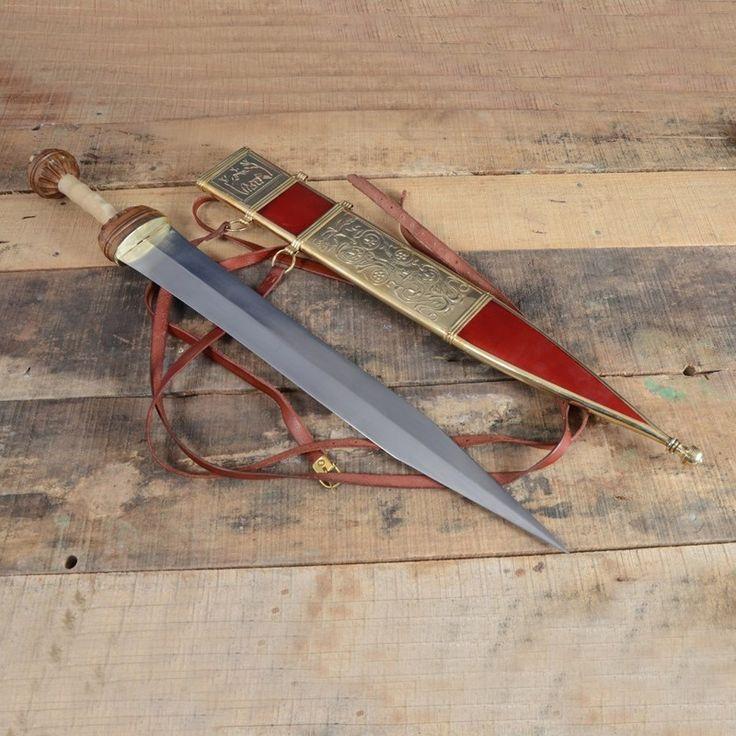 Гладиус Майнц. Назван в честь германского города где производилось это оружие и были найдены отдельные его образцы.
