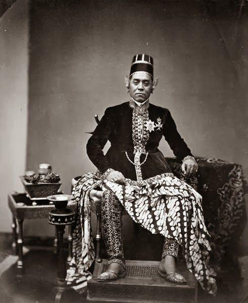 old-indische: Sultan Hamangkoe Boewono VI ~ Jogjakarta ~ 1855