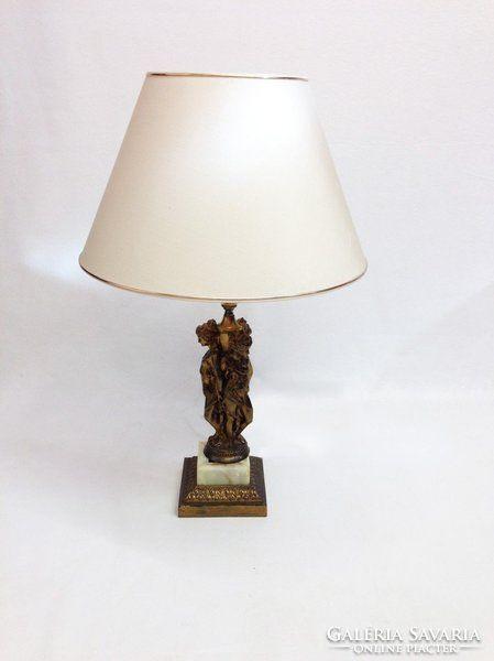Szobros asztali lámpa