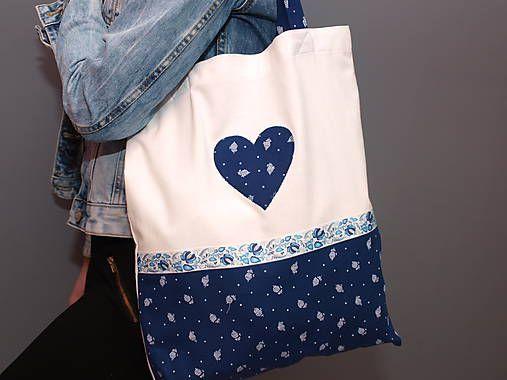 Derika / ...taška z modrotlače..