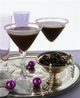 My Friday go-to drink. Only $15 in April. http://www.letsgetchocolatewasted.com