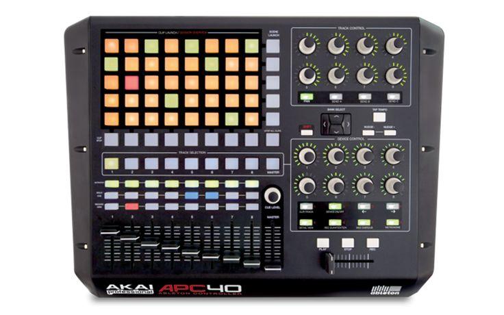 AKAI PRO - APC40 - Ableton Performance Controller  APC40 adalah penghubung antara manusia dan komputer yang sempurna untuk menyeimbangkan parameter kontrol analisa dengan ekspresi kreatif. Bagi seorang seniman musik elektronik, Live adalah kanvasnya, dan bagi seorang DJ, Live dapat digunakan untuk me-mix atau me-remix lagu, untuk musisi yang lebih tradisional mereka dapat menggunakan Live, baik di panggung atau di studio.