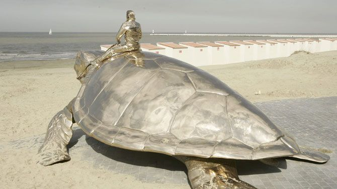 La Tortue, by Jean Fabre.