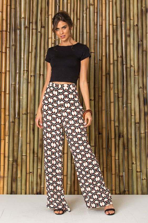 6dc04d774 A Calça Pantalona sempre foi vista como uma peça mais formal e elegante,  para looks mais sérios, mas com criatividade você consegue inserir ela no  seu dia a ...