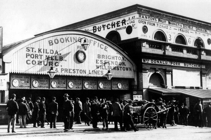 Melbourne Terminus, the first station at Flinders and Swanston Streets Australia - Victoria, Melbourne, early 1920s