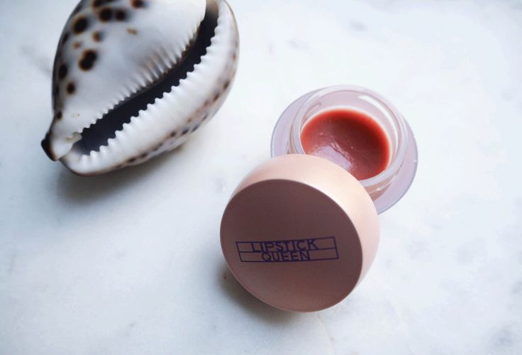 My everyday (almost non existing ) make-up routine http://gabriellalundgren.com/my-everyday-almost-non-existing-make-up-routine My favorite lip balm ever color Belle Pink from Lipstick Queen