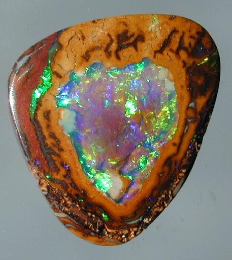 Yowah Nut Opal / Australia
