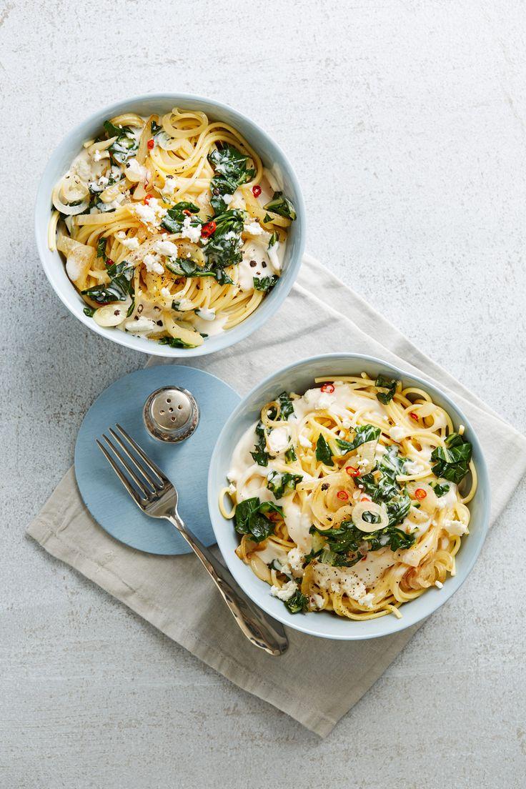 Spaghetti mit Mangold-Fetacreme