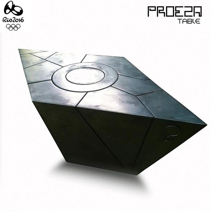 Proeza table