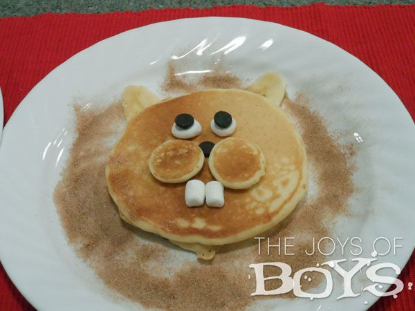 Groundhog Day Pancakes - these are the coolest pancakes EVER!  My mind is racing with other animals I can make.  Kara is one clever mom!  She blogs at Joys of Boys. #cookingwithkids #recipes