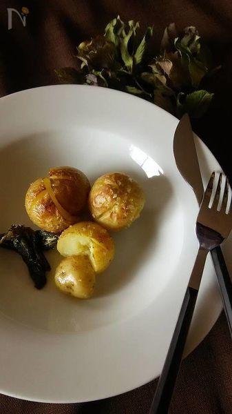バジル塩(レシピID:154892)を使用したレシピです。旬の新じゃがいもが、バジルの香りで美味しさを深めます。