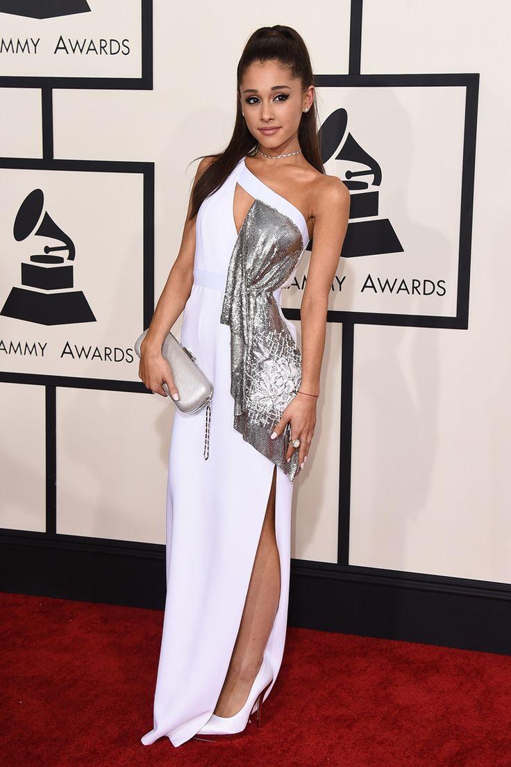 VMAs: Ariana Grande, Pete Davidson kiss and more red ...
