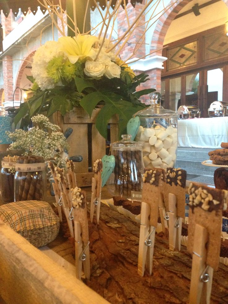 decotarion#rustic#wedding#sweetstable#party#desserttable#raetable