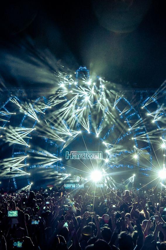 Hardwell ~ Ultra Music Festival 2014