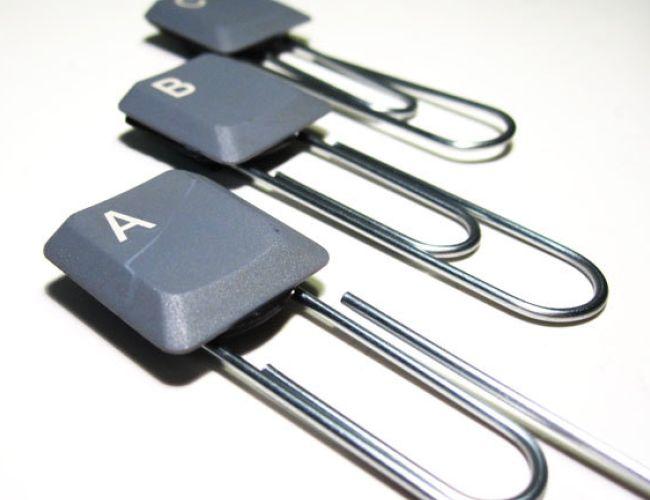 Teclas de teclado como clipes etiquetados