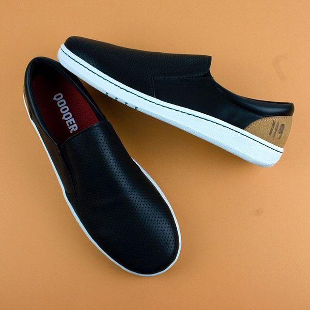 ff7c8c41207 3,2,1... Ya! 😎👍 ...Ya están aquí nuestras zapatillas de trabajo!  💯cómodas 💯calidad 💯rollo! Diseñadas por QOOQER y fabricadas en españa.