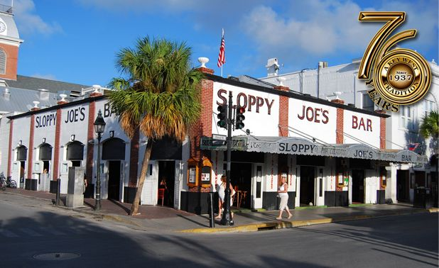 Sloppy Joe's, a Key West tradition: passed by this many times, but never went in.