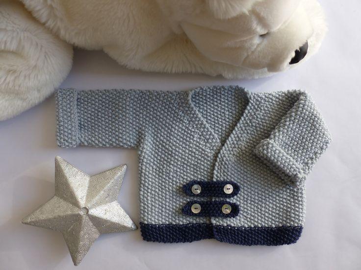 Brassière bébé garçon, tricotée main en pure laine naturelle, chic, chaud  et doux e3b7b03737d