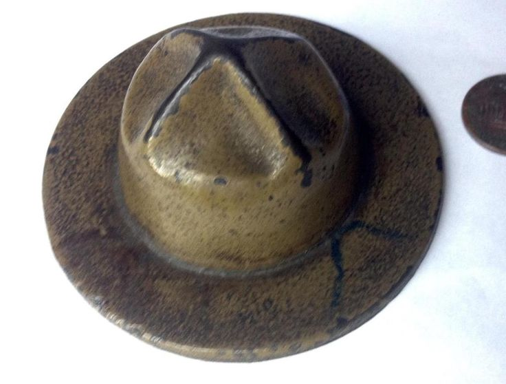 """Antique WWI Paperweight Cast Iron 3"""" US Army; USMC Doughboy Hat USA"""