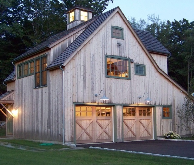 17 best images about barn style homes on pinterest for Barn style garage with living quarters