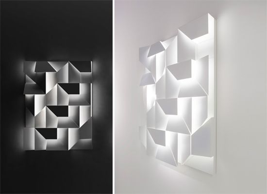 El sorprendente lienzo iluminado de Charles Kalpakian