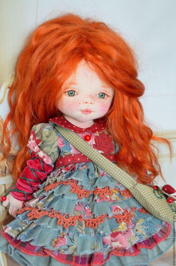 Купить или заказать Агния в интернет-магазине на Ярмарке Мастеров. Кукла пошита из ткани, кукольный трикотаж. Волосики козочки, крашенные краской для волос.Глазки из пластика, личико тонировано маслеными красками.