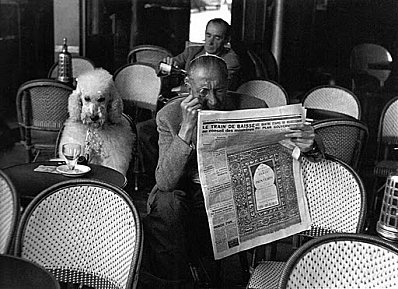Edouard Boubat, A la terrasse des Deux Magots, Paris 1953
