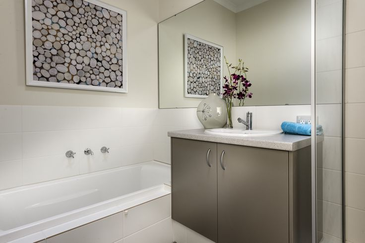 Homebuyers Centre - Flute (Butler) Display Home Bathroom