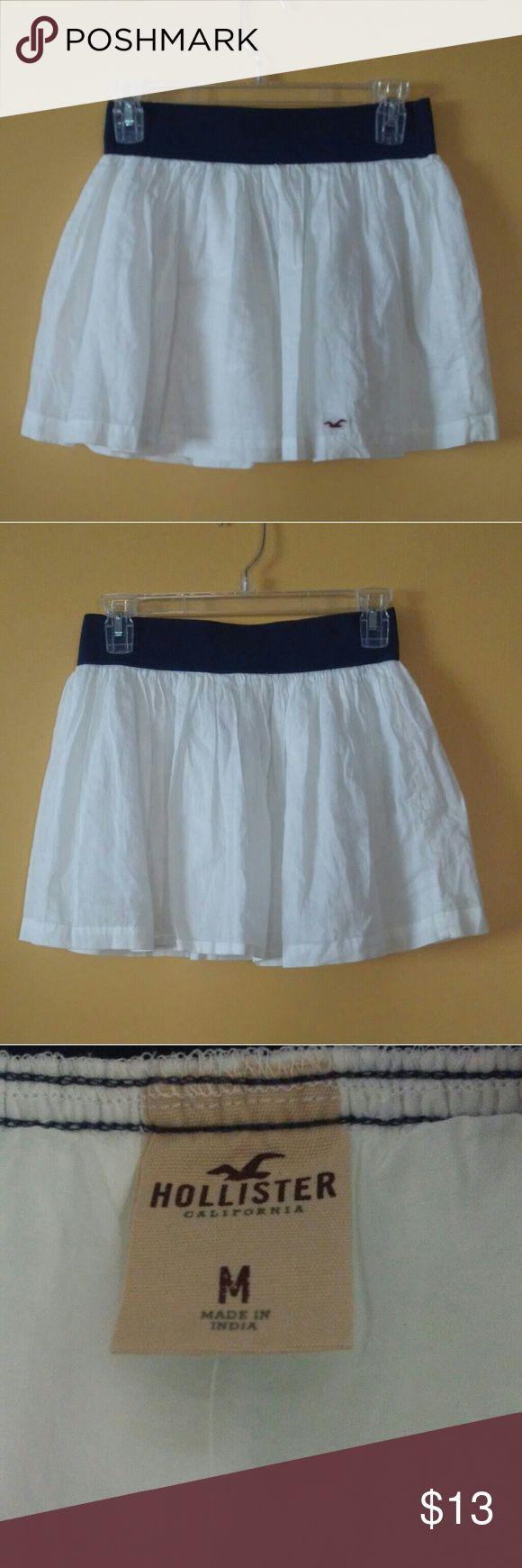 HOLLISTER skirt HOLLISTER skirt. Great  lightweight and adorable skirt. Hollister Skirts Mini