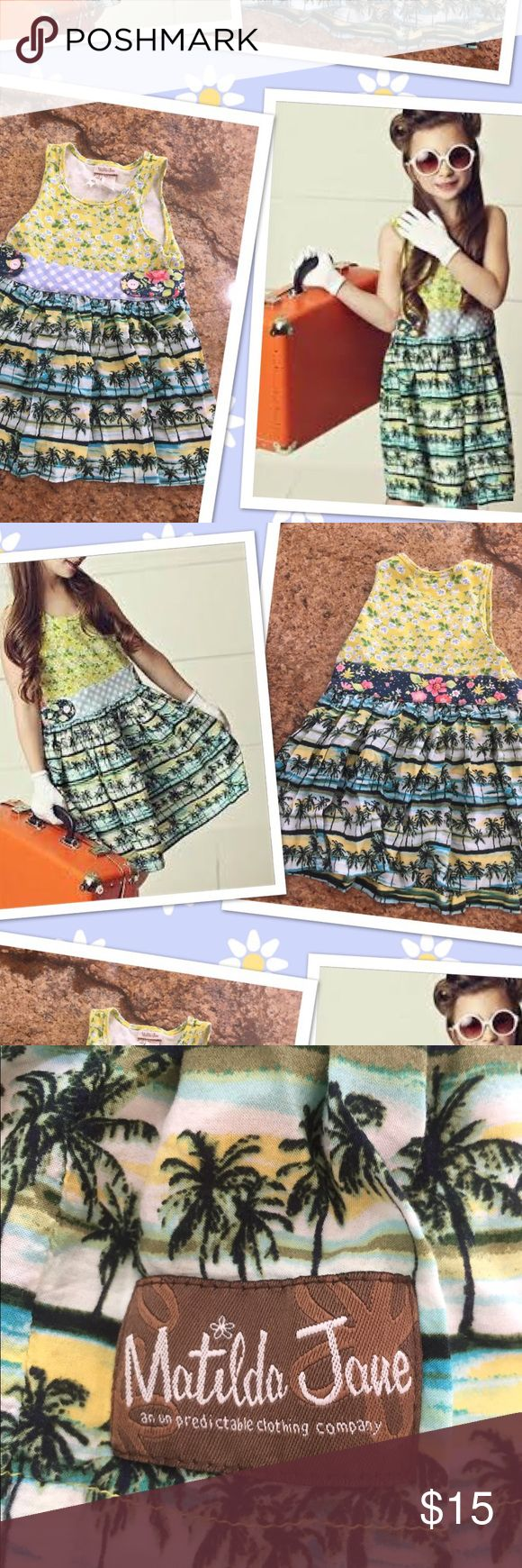 Matilda Jane Hello Lovely Hawaiian floral dress 2 Matilda Jane Hello Lovely Hawaiian floral dress tank 2. Has a few loose threads see pic but still in great condition . No trades Matilda Jane Dresses Casual
