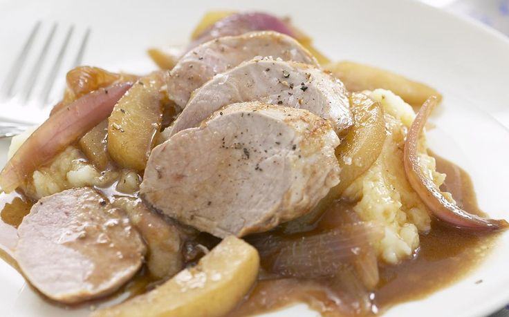 roasted pork fillet with balsamic pears and red onion