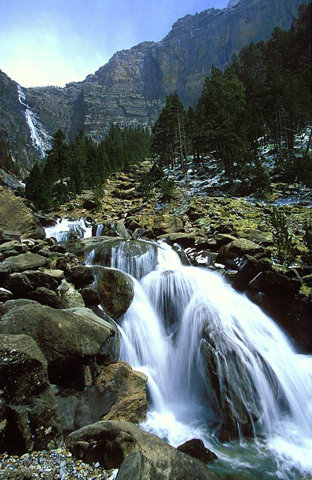 Landscape / Nature, Cascada de Cotatuero, P.N. Ordesa y Monte Perdido, Huesca, Aragón