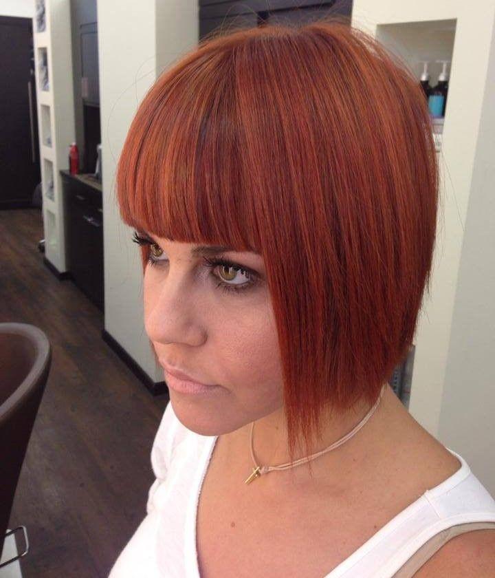 Τολμήστε να κόψετε τα μαλλιά σας καρέ, καθώς, αν είναι λεπτά και άτονα θα αποκτήσουν όγκο, αν είναι σγουρά θα δημιουργηθούν παιχνιδιάρικες μπούκλες, ενώ εύκολα θα μπορείτε να τους αλλάζετε στιλ με διάφορα αξεσουάρ! http://www.konstantinosxatzis.com/kare-mallia/ #shorthair