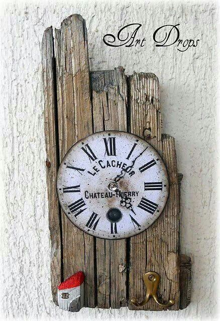 Cool decoupage clock