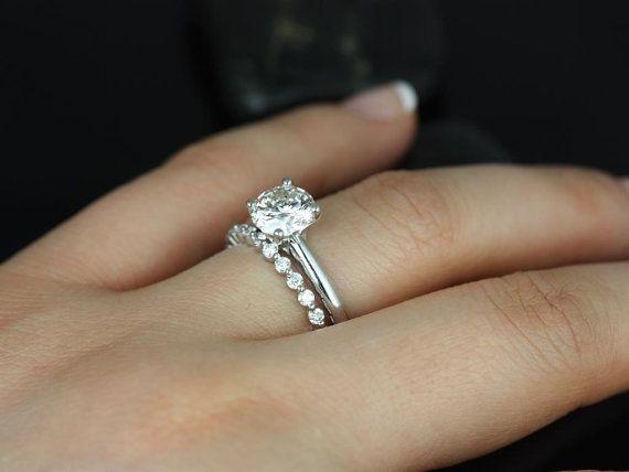 Rosados Box Alberta 75mm Petite Naomi 14kt Round F1 Moissanite And Diamond Tulip Solitaire Wedding Set