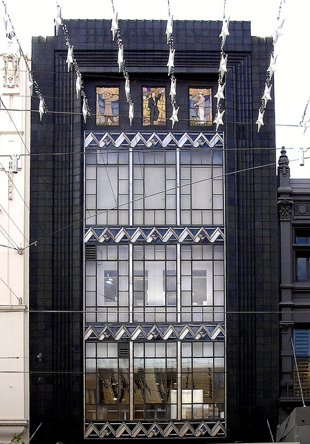 The former Buckley & Nunn store, 310 Bourke Street, Melbourne. Built:1933 Architect: Bates, Peebles & Smart.