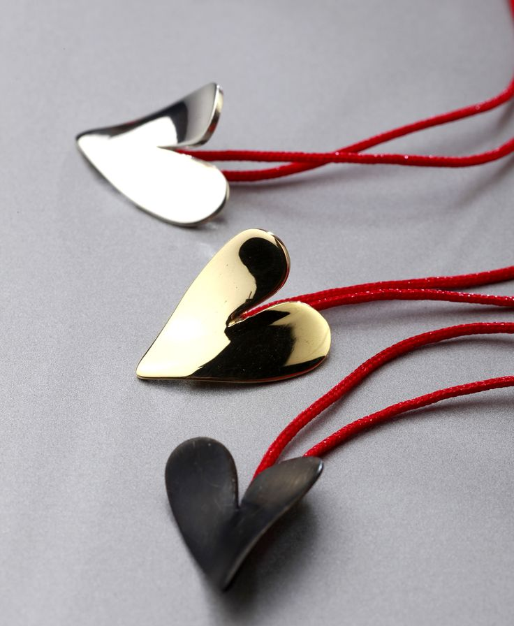 bending heart necklace