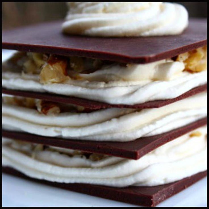 COME TEMPERARE IL CIOCCOLATO: In pasticceria il cioccolato è generalmente utilizzato sciolto, anche se in questo modo il burro di cacao tende a separarsi i