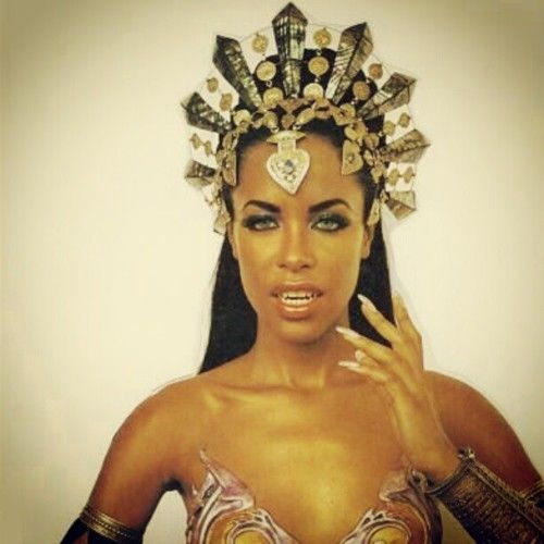 Aaliyah as the vampire queen Akasha in Queen of the Damned (2002).