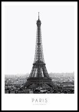 Poster / tavla med svartvitt fotografi över Eiffeltornet i Paris. Våra posters printas på ett obestruket papper.