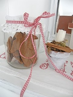 gingerbread jar: