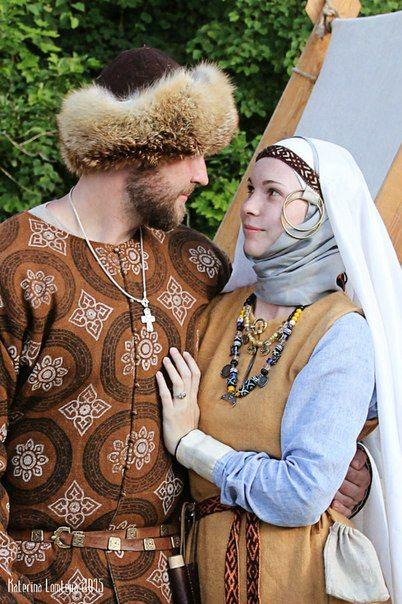 Medieval Slavic costume of Ancient Russia: Krivichi?