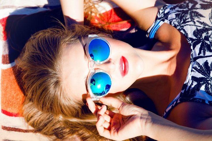 Tuesday's Tip: Zo kun je gemakkelijk je zonnebril schoonmaken http://dejlig.nl/gemakkelijk-zonnebril-schoonmaken/