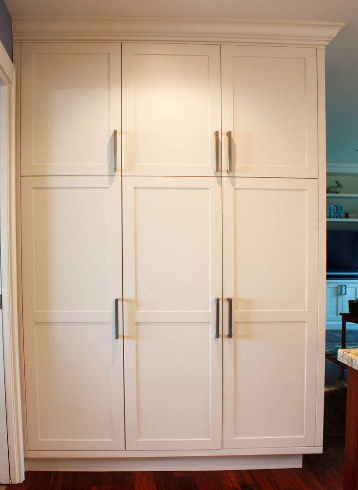 Pantry Cabinet Configuration