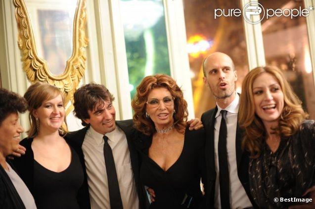 Andrea Meszaros, Carlo Ponti, Sofia Loren, Edoardo Ponti, Sasha Alexander le 12 décembre 2011 à Rome